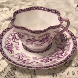 Purple/white English teacup & saucer by Shelley